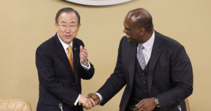 Ban Ki-moon greeting John Ashe