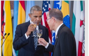 U.S. President Barack Obama and UN Secretary-General Ban Ki-moon toast at a leaders lunch on Sept. 20, 2016 (UN Photo).